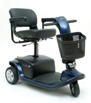 Pride Victory 9 PS Power Elevating Seat 3-Wheel Scooter