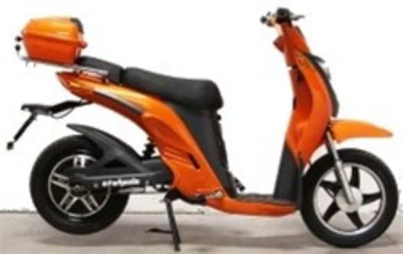 E-Wheels EW-500 Electric Moped
