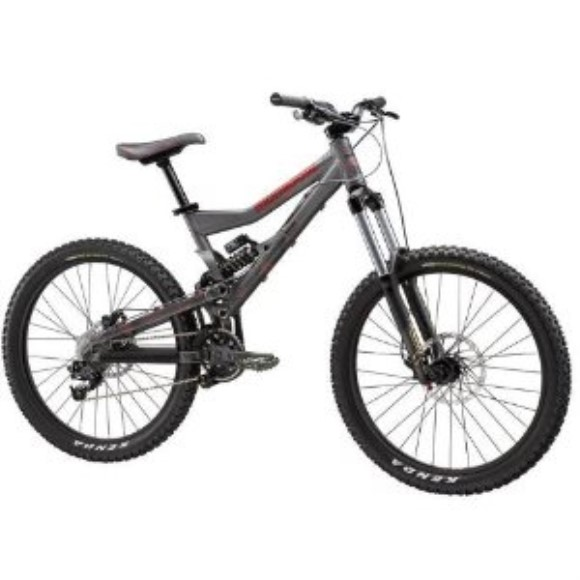 2010 Mongoose Pinn'R Apprentice Mountain Bike